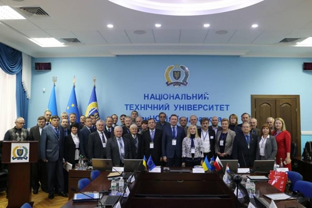 У ПолтНТУ відбулася спільна з НАН України ювілейна X Міжнародна науково-практична конференція