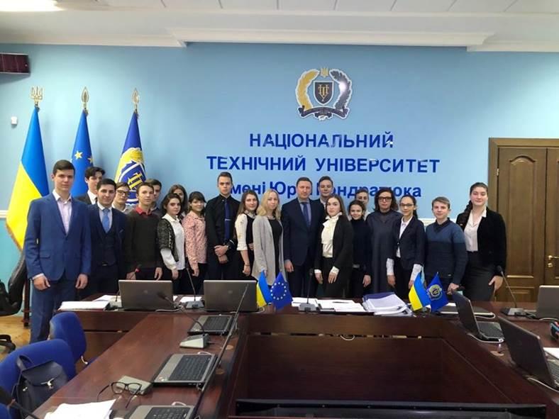 У ПолтНТУ відбувся захист науково-дослідницьких робіт учнів-членів МАН