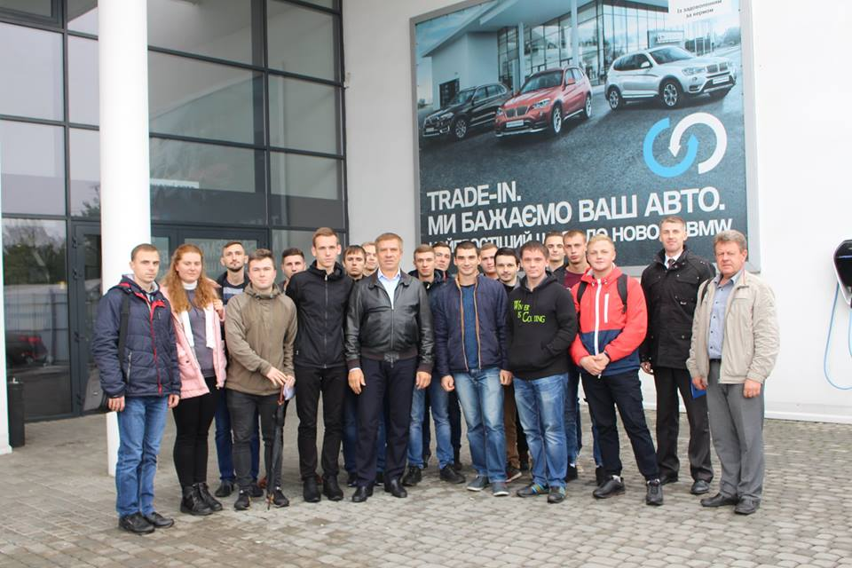 Студенти ПолтНТУ відвідали авторизований сервісний центр провідних виробників світових автомобільних брендів BMW, Mazda, Fiat «Автосервіс альянс»