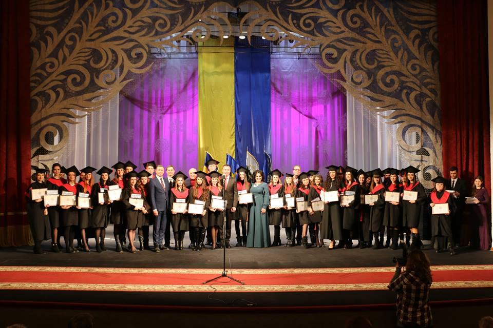 Випускникам магістратури ПолтНТУ вручили дипломи