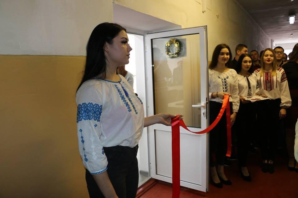 У Полтавському коледжі нафти і газу ПолтНТУ відкрили сучасну лабораторію