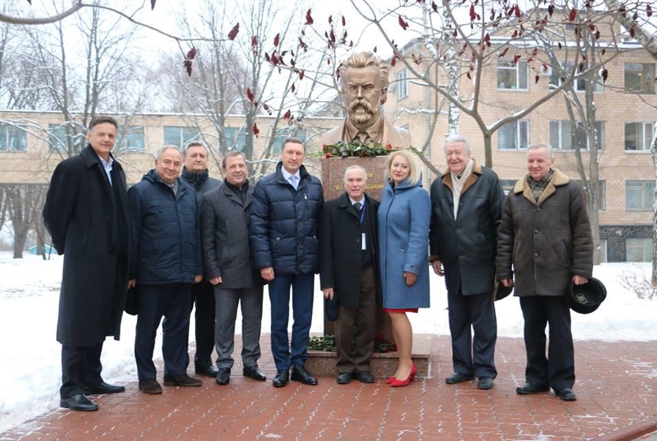 У ПолтНТУ вшанували пам'ять видатного українського вченого, одного із засновників і першого президента Української Академії наук Володимира Вернадського