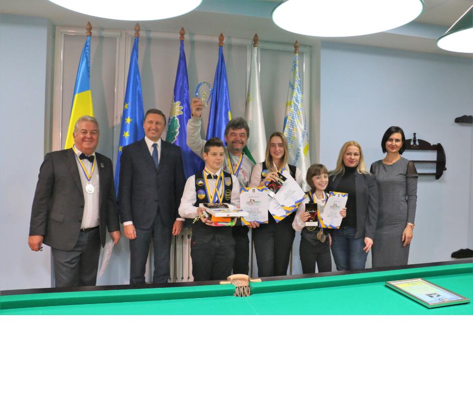 У Полтаві нагородили кращих школярів-більярдистів України