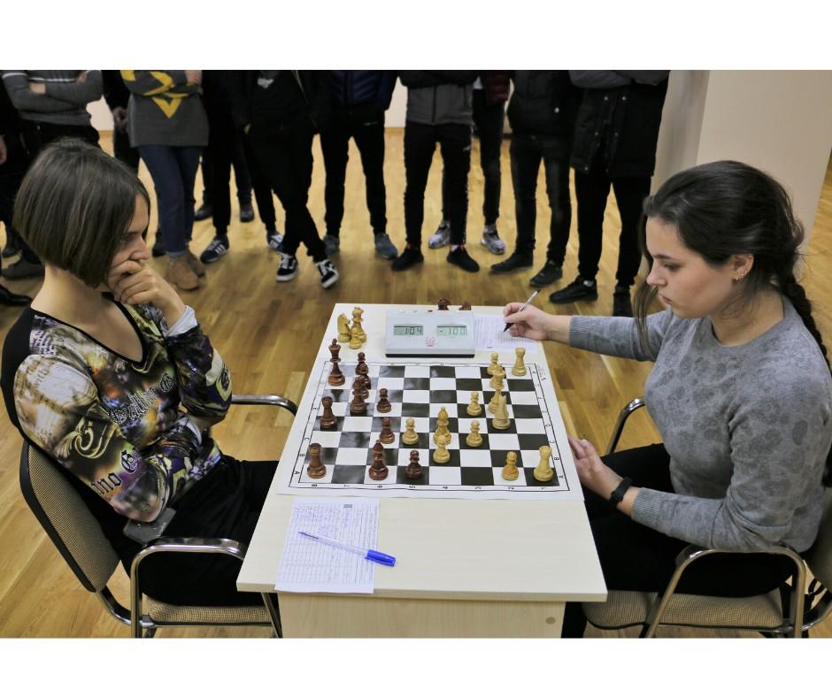Почався шаховий турнір серед полтавських студентів