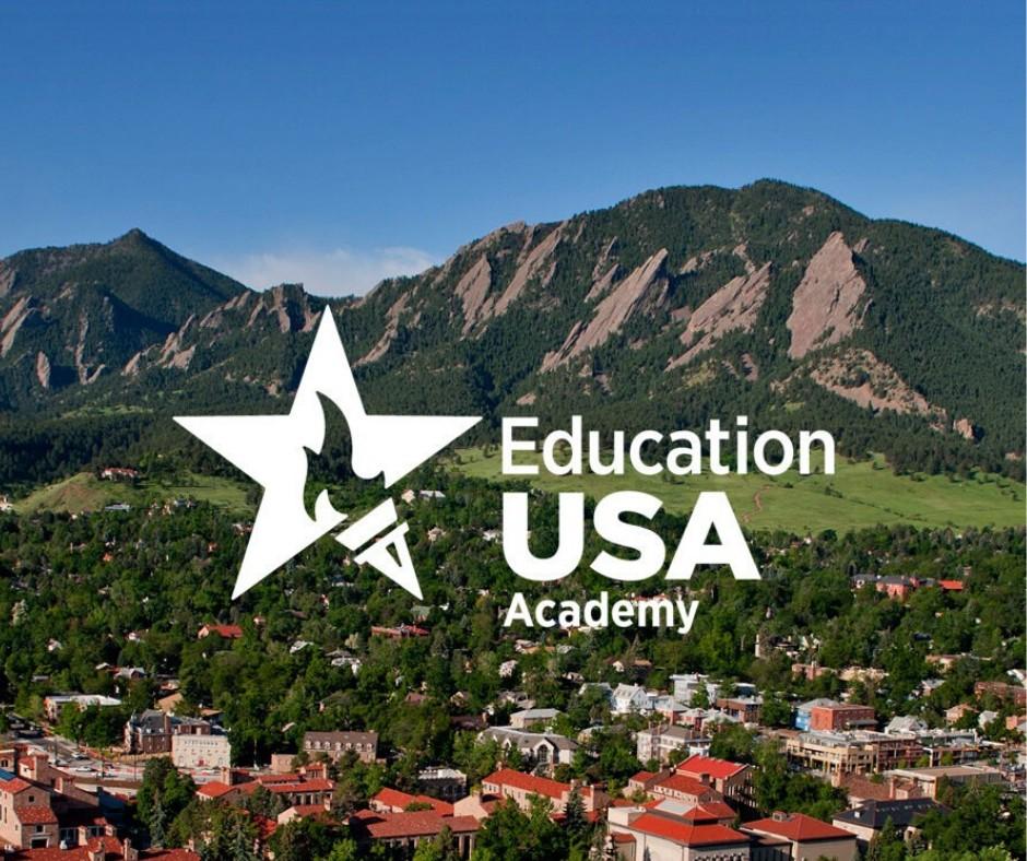 Представники EducationUSA презентують можливості навчання в США