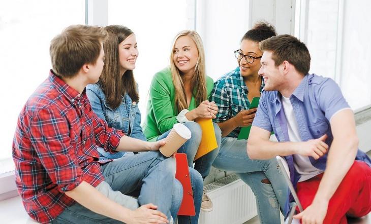 Як порозумітися під час розмови: викладачка пройшла курс британського професора
