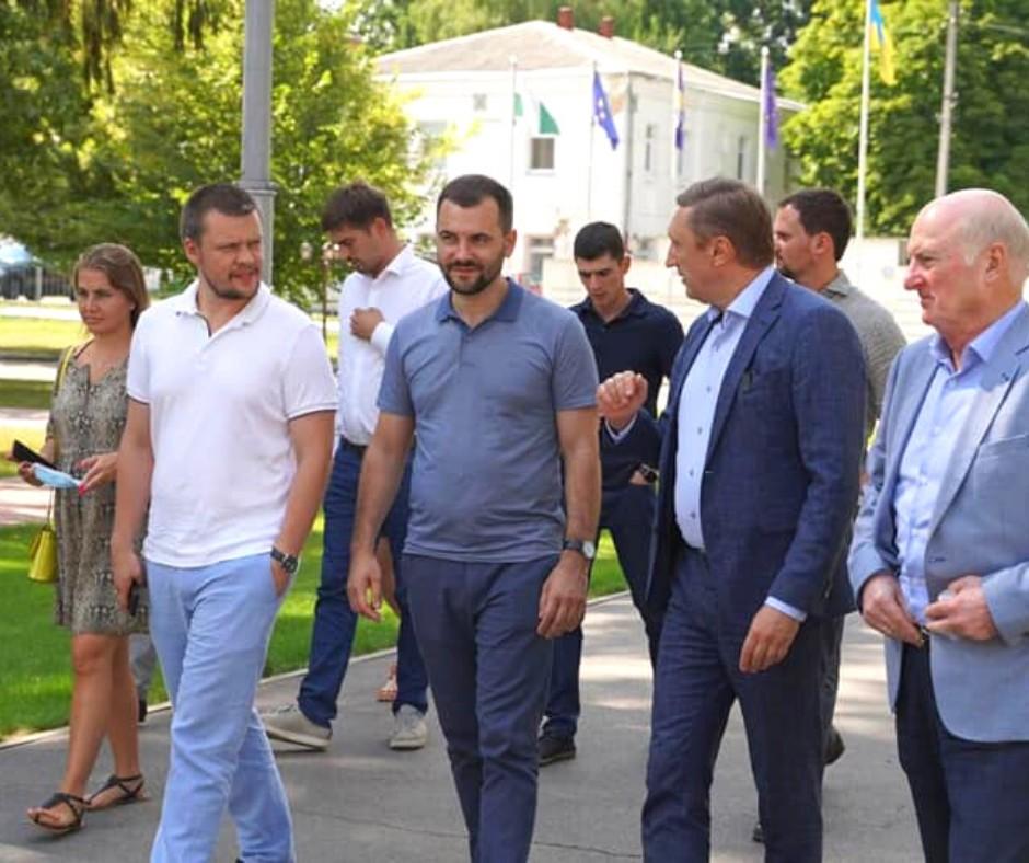 #ЕкоКомітет: університет відвідали парламентарі і представники нафтогазового бізнесу