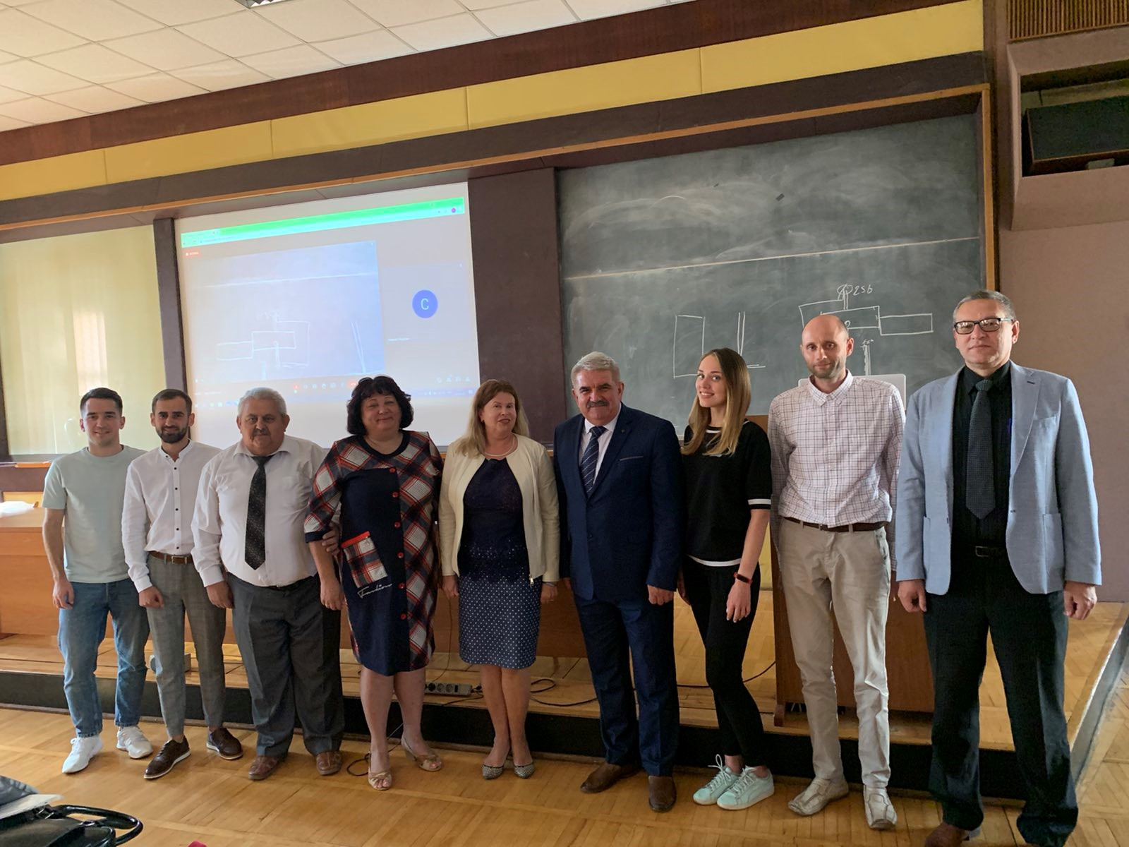 Науковці і студенти політехніки представили наукові дослідження у сфері експлуатації та реконструкції будівель і споруд